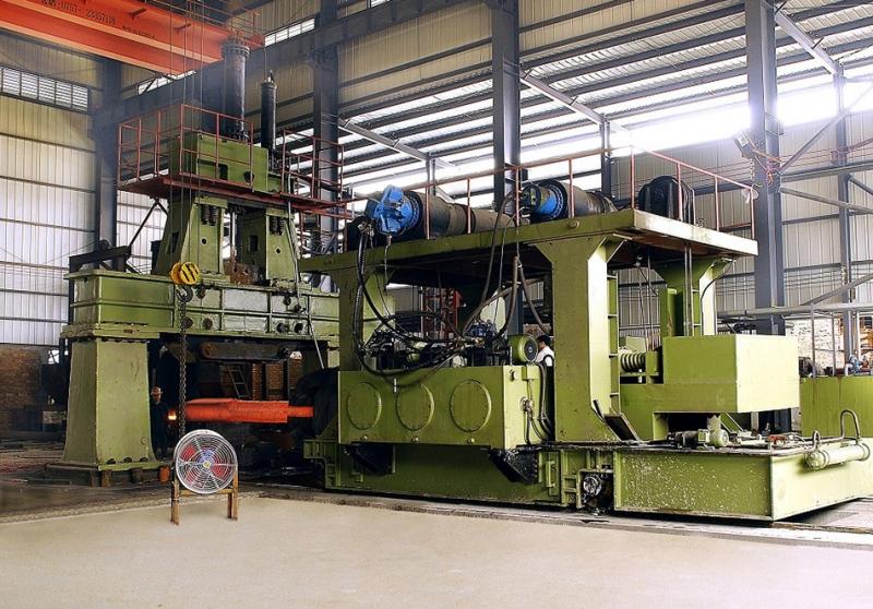 5吨电液锤8吨操作机